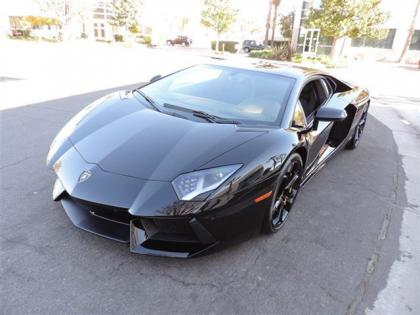 2014 LAMBORGHINI AVENTADOR BASE - BLACK ON BLACK