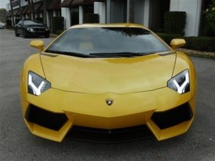 2012 LAMBORGHINI AVENTADOR LP700-4 - YELLOW ON YELLOW 2